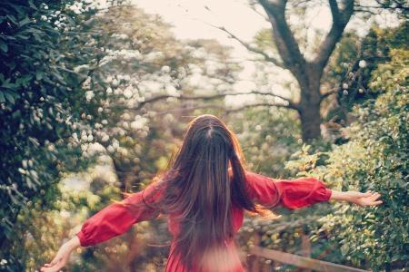 恋肌(こいはだ)はとにかく安く全身脱毛を始めたい人、短期間で全身脱毛を完了したい人、他社のサロンからのりかえを考えている人におすすめ