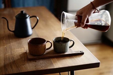 照射直前にカフェインを摂取しないようにする